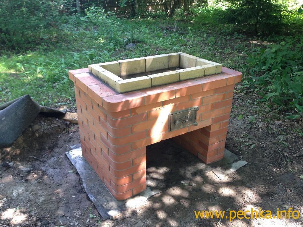 Как построить мангал из кирпича своими руками на даче 994